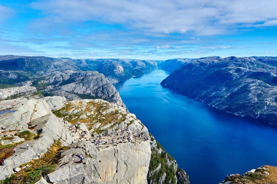 Faire une croisière dans les fjords
